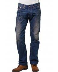 Jeans coupés droit à petits prix… Ne pas tarder !