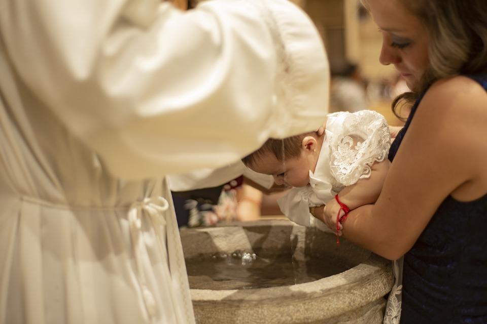 Comment choisir une médaille pour un baptême ?