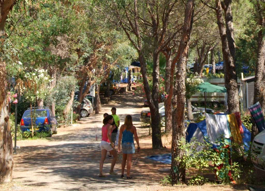 Vacance au camping à Fréjus : une expérience unique !